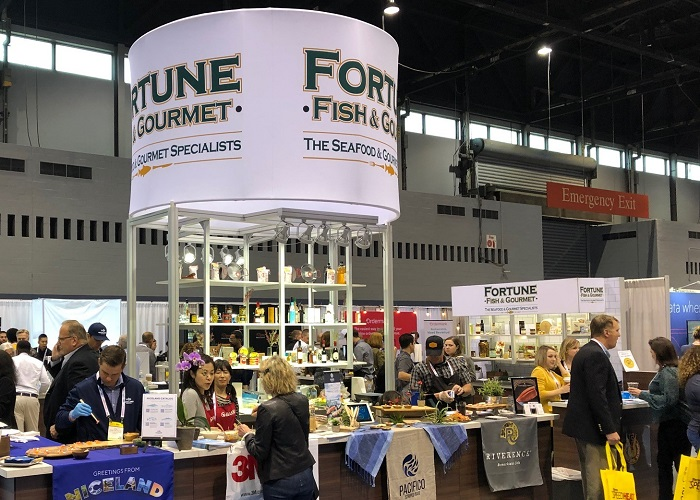 The Do's and Don'ts of Serving Food in Your Trade Show Booth